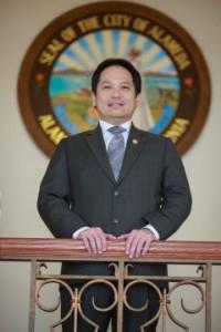 Alameda City Council member Stewart Chen